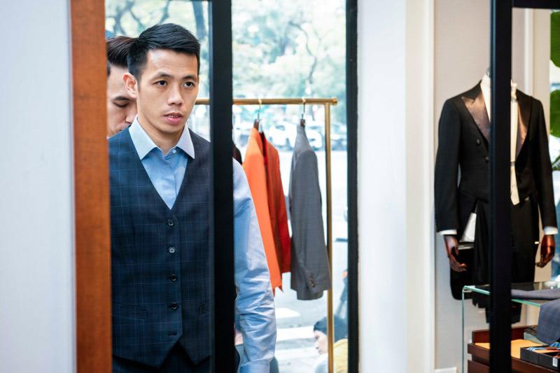 http://simonsilhouette.com/media/images/Lookbook%20full/Cao-Minh-vs-Van-Quyet-8.jpg