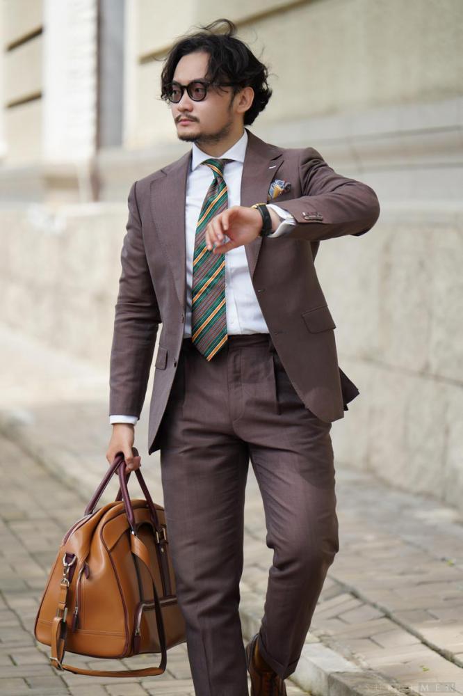 Màu nâu - kho báu bị lãng quên của những gã ăn mặc